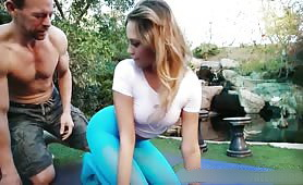 Amazing Outdoor Sex with Sensational Babe During Of Yoga