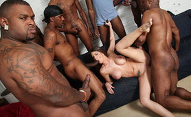 Bad Brooklyn Guys Gangbanged Busty Girl