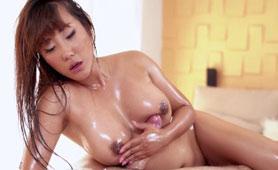 Hot Busty Asian Masseuse Got Creampie After Hot Massage
