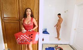 Busty Stepmom Can't Resist Of Hot Daughter's Boyfriend