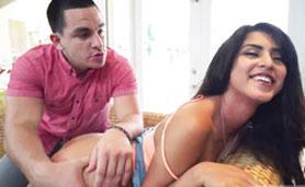 Sophia Leone Hot Latina Chick Preparing for Roughly Fucking