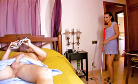 Horny Maid Caught Her Employer While Jerks and She Helped Him