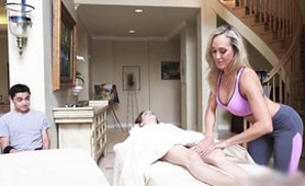 MIlf as Massage Therapist Seduces this Kid During at Massage - Cheating Sex Videos