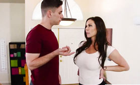 Horny Stepmom Kendra Lust Shows Her Sexy Stockings and Got Unforgettable Sex