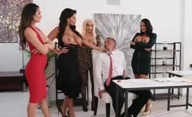 Fivesome Sex Videos - Busty Curvy Girls Loved is the Same Guy, a Chief!