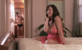 Unbelievably Hot MILF Lisa Ann Still Real Lovers of Young Fresh Penises