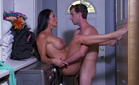 Fucked Hot Busty Stepmom on Washing Machines